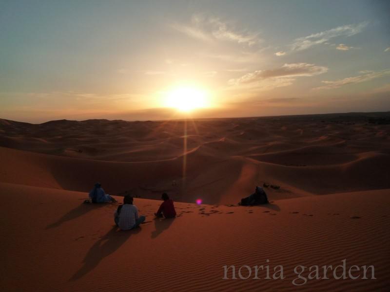 メルズーガ大砂丘の美しい夕日
